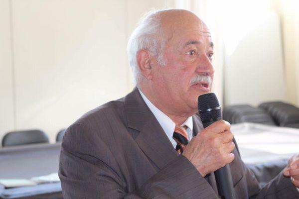 اعلان عن مواعيد موارة الثرى ومجلس طلب الرحمة للفقيد المربي الفاضل عبد الكريم الصابري