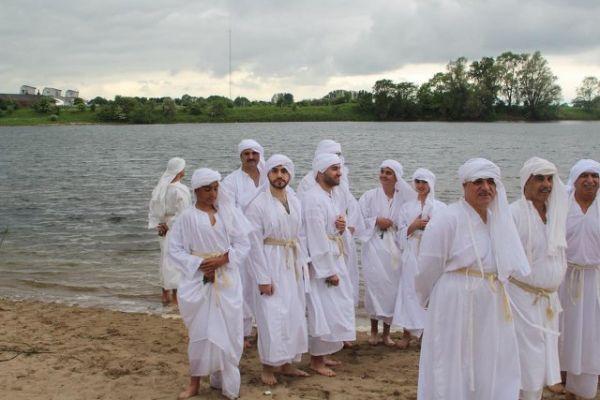 مهرجان دهفة اد يمانة في هولندا